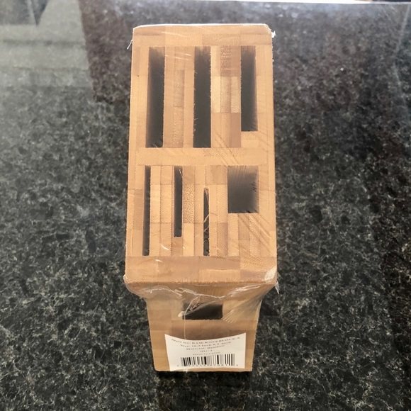 Other - NWT Bamboo knife block